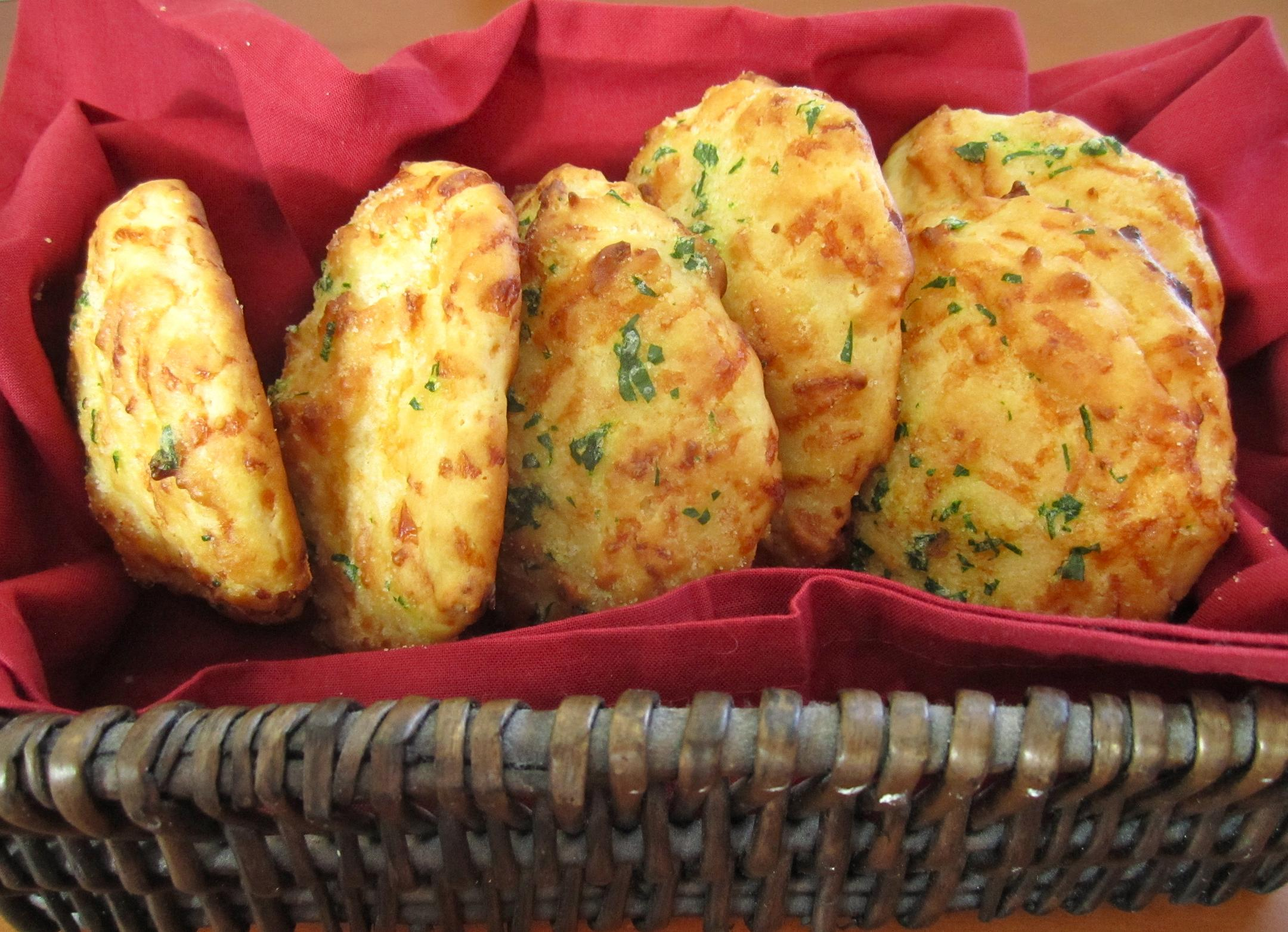 Cheddar Bay Biscuits - Eat. Drink. Love.